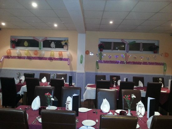 Monsoon Indian Restaurant & Takeaway: Birthday decoration before party