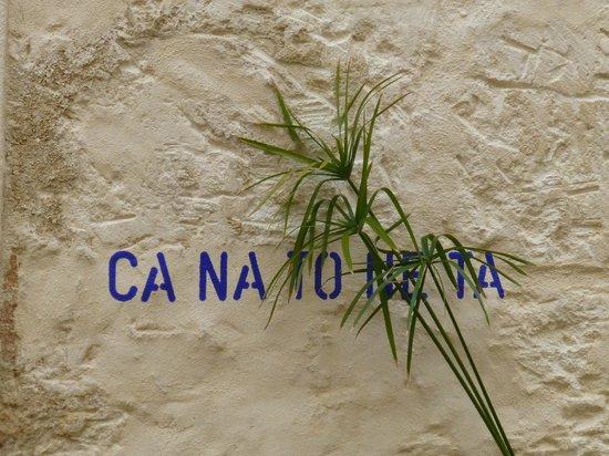 Ca Na Toneta: Eingang