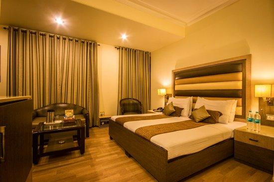 โรงแรมเดอะ ซันคอร์ท ยาทรี: Double Room