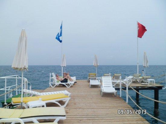 Rose Beach Residence : пирс