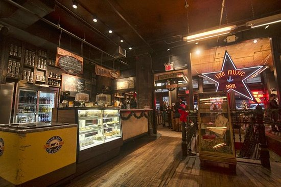 Hill Country Barbecue Market: Hill country restaurant