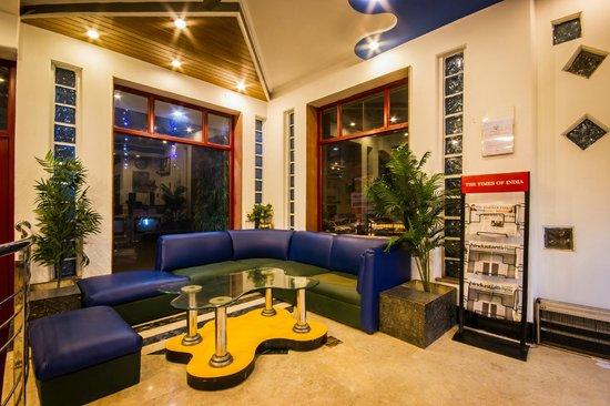 Suncourt Hotel Yatri: Sitting Area