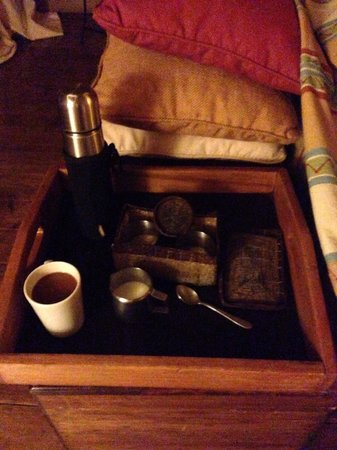 Tortilis Camp: Coffee delivered each morning