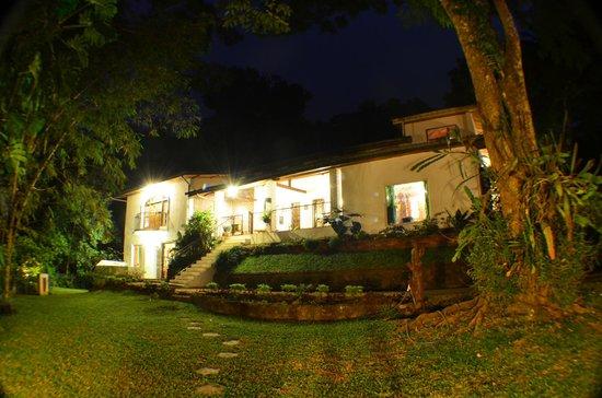 Villa Shenandoah: Hotel Exterior