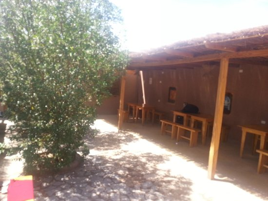 Hostal Desert: Área do Café - Aberta