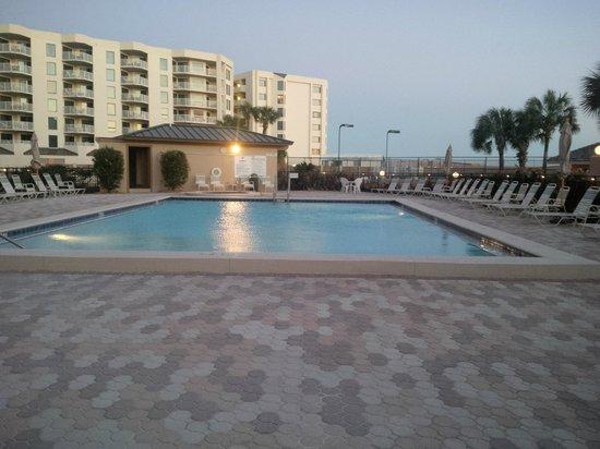 The Islander: Pool & Hot Tub Deck
