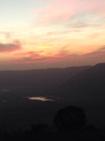 Ngorongoro Serena Safari Lodge : Sunrise from balcony