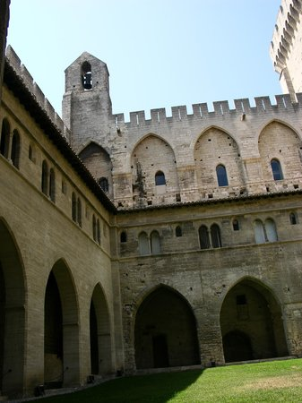 Palais des Papes : Cloisters & Bell-tower