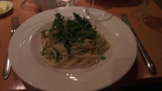 R17: Linguini with broccoli