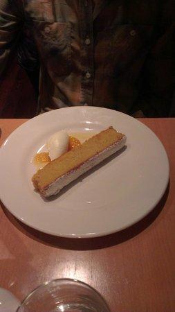 R17 : Orange almond cake