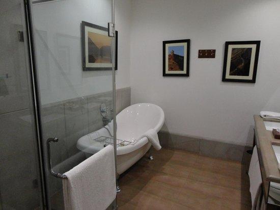 Samode Haveli : Bathroom