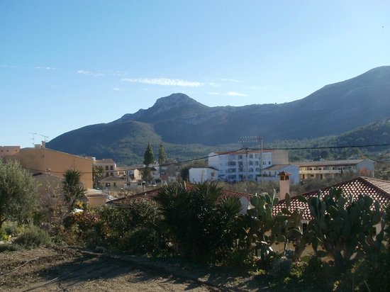 Coll de Rates: Lovely little mountain village on route.