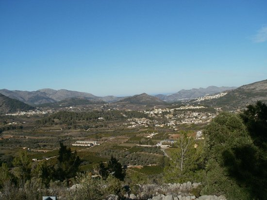 View on drive to Coll de Rates.