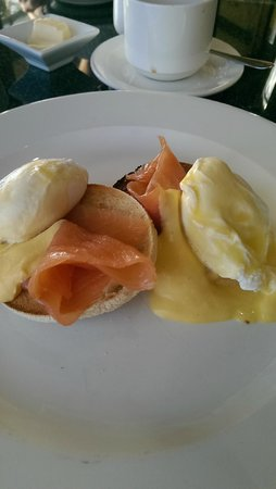 Hotel Penzance: Eggs Royale @ The Bay