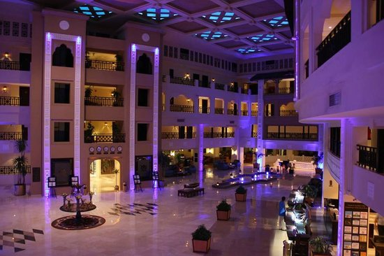 Steigenberger Al Dau Beach Hotel: hall