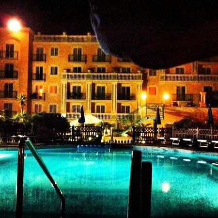 Grand Hotel la Pace: Dal terrazzo di sera