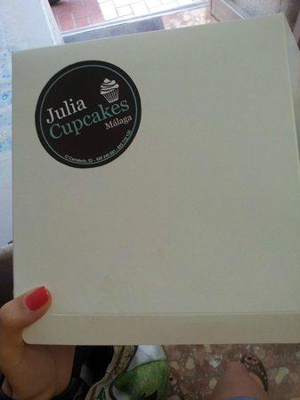 Julia Bakery Málaga: коробка