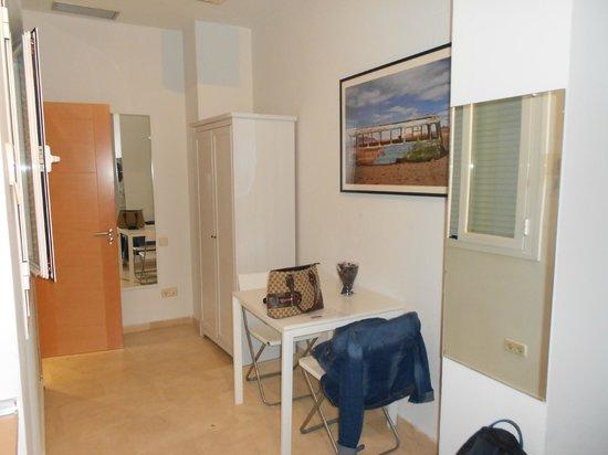 Apartamentos Arenal 19: Para dos personas,es amplia