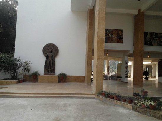 Urusvati Museum of Folklore: Enterance