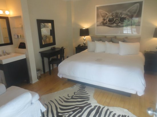Alexander's LGBT Guesthouse: Our room
