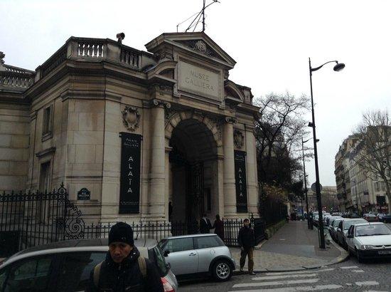 Palais Galliera, The City of Paris Fashion Museum: 7