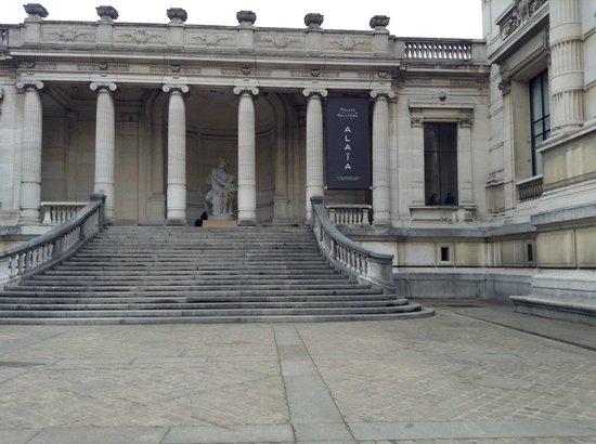 Palais Galliera, The City of Paris Fashion Museum: 2