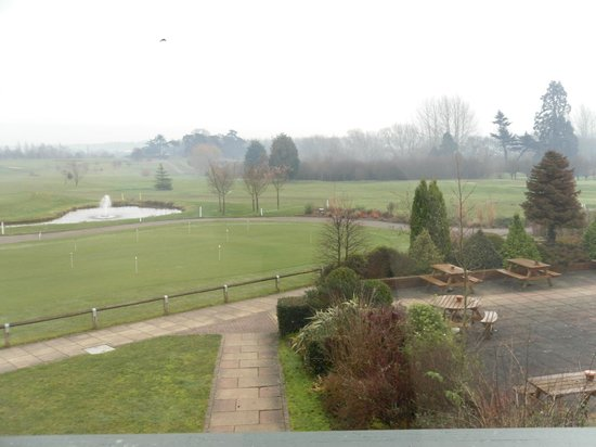 Ufford Park Woodbridge Hotel, Golf & Spa : View of the golf course