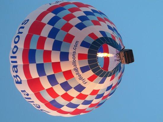 Bella Balloons Hot Air Balloon Co: Hot Air Balloon Aloft!