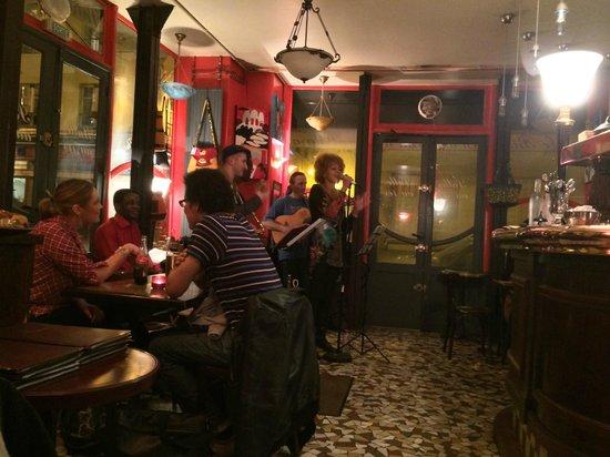 Le Bistrot Gourmand du Haut Marais: Jazz on the weekends