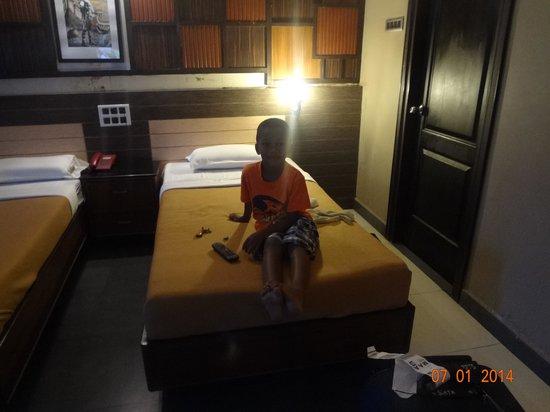 Annai Residence: la chambre
