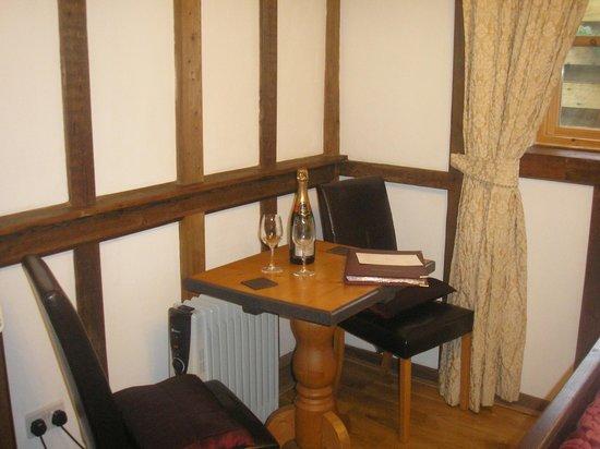 Dolweunydd Bed & Breakfast: Room