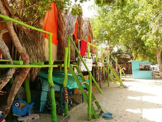 RestoBar Los Corales: bungalow