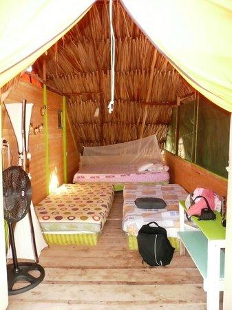 RestoBar Los Corales: bungalow grande