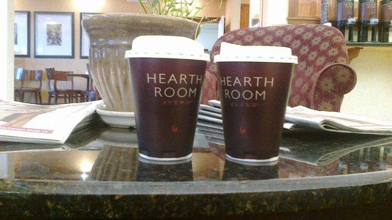 Residence Inn Des Moines West at Jordan Creek Town Center: Coffee :)