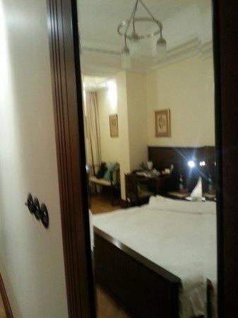 Hotel Rialto: Комната