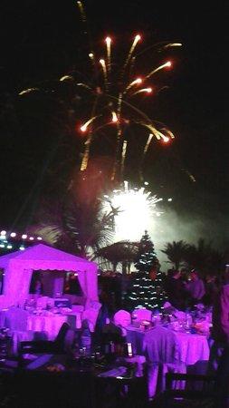 Traders Hotel, Qaryat Al Beri, Abu Dhabi: new years fireworks