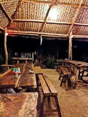 KT's Sinugba Sa Balay : Dining Area