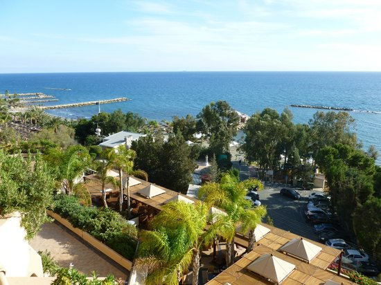 Four Seasons Hotel : Balcony view room 412