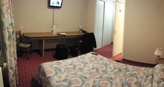 Hotel des Voyageurs : Une chambre