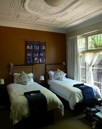 Uxolo Guesthouse Johannesburg: Baobab Room -Wonderful!