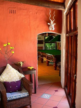 Uxolo Guesthouse Johannesburg: Authentic Period