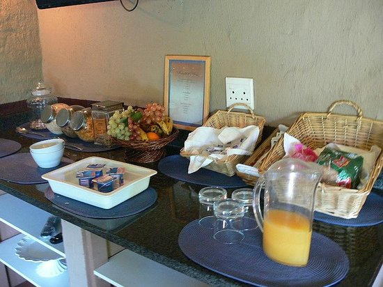 Uxolo Guesthouse Johannesburg: Breakfast selection