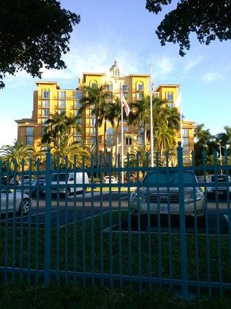 Embassy Suites Miami International Airport : Embassy Suites Miami
