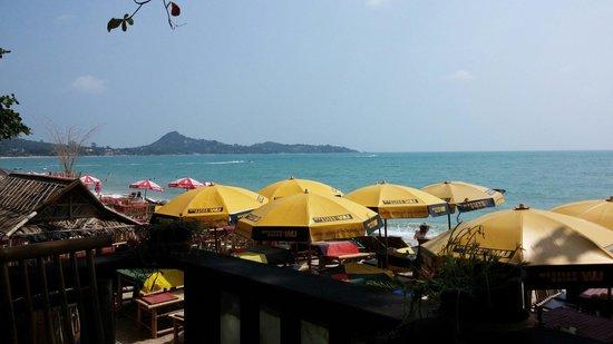 Bikini Bar BQ Restaurant : Schöne Lage am Lamai Beach