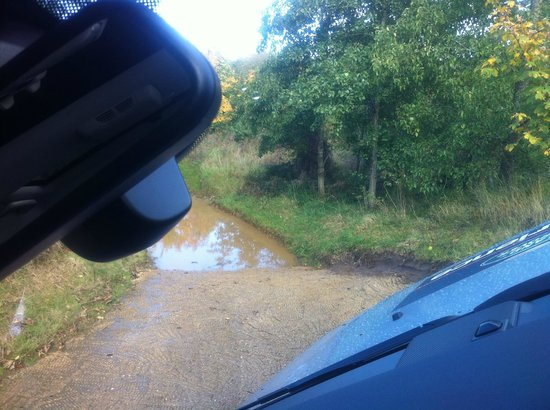 Land Rover Experience - Private Drives: View through the windscreen - Discovery parked at an angle