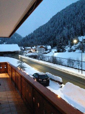 Garni La Grambla : Blick vom Balkon - Skilift