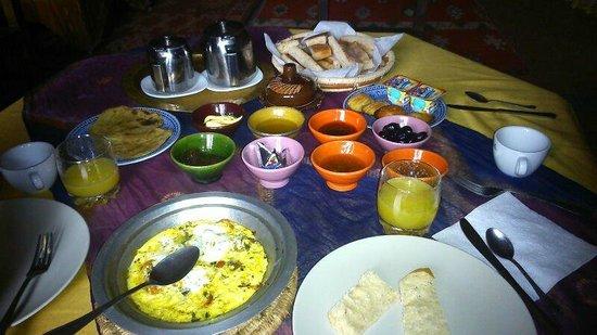Auberge du Sud: Excellent Berber breakfast