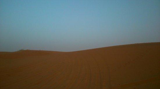 Auberge du Sud : Merzouga desert silence
