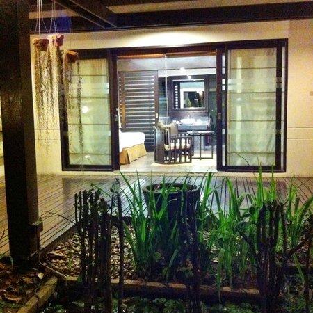 Eurasia Chiang Mai Hotel : Vue de la terrasse et du bungalow