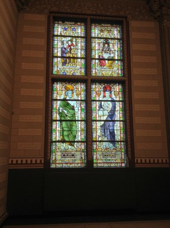 Rijksmuseum: Stained glass windows